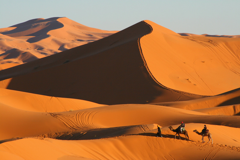 Kinh ngạc ngắm những sa mạc khô cằn đẹp đến khó tin - 7