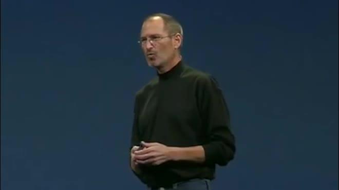10 năm trước Steve Jobs và Macbook Air đã làm thay đổi tương lai laptop