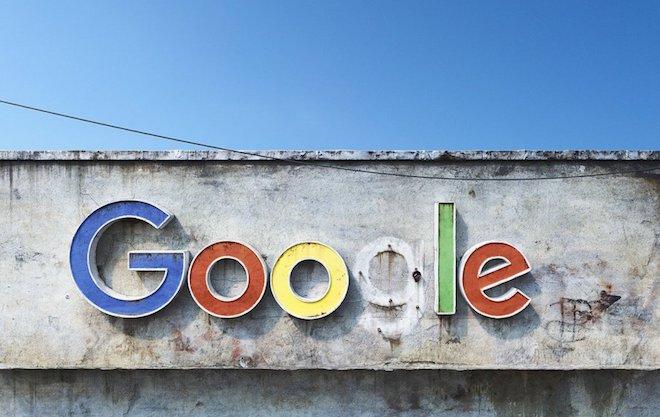 """Những hình ảnh dự đoán về """"ngày tận thế"""" của Facebook, Google... - 2"""
