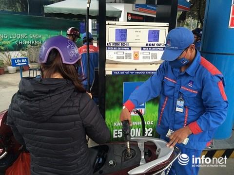 Bãi bỏ hàng loạt điều kiện về kinh doanh xăng dầu