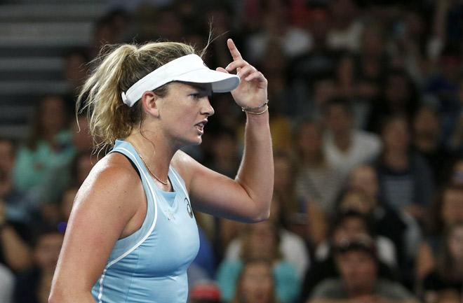 Hết hồn mỹ nhân Australian Open: Váy ngắn hững hờ, làm loạn vì chuối 6