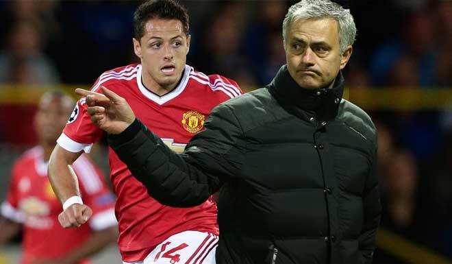 Chuyển nhượng MU: Mourinho đồng ý gia hạn, muốn có Chicharito - 2