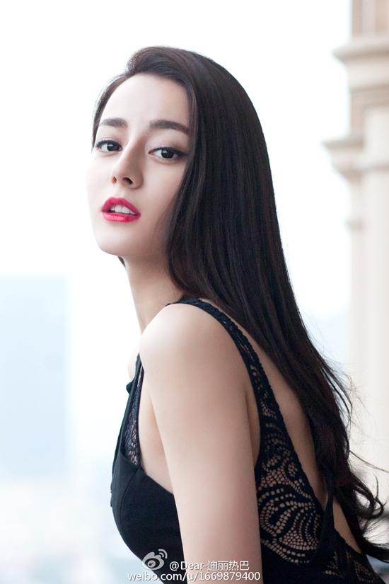 Top mỹ nhân Hoa ngữ đông fan nhất: Angela Baby vượt mặt Phạm Băng Băng - 5