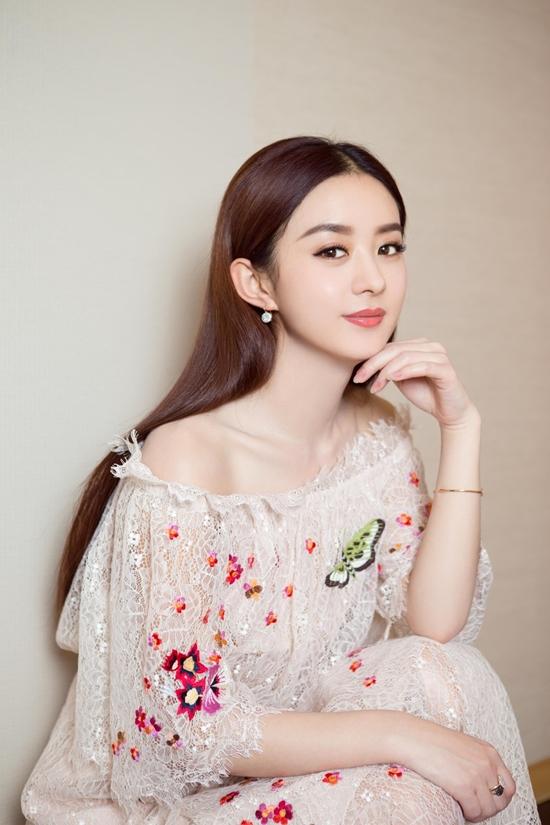 Top mỹ nhân Hoa ngữ đông fan nhất: Angela Baby vượt mặt Phạm Băng Băng - 6