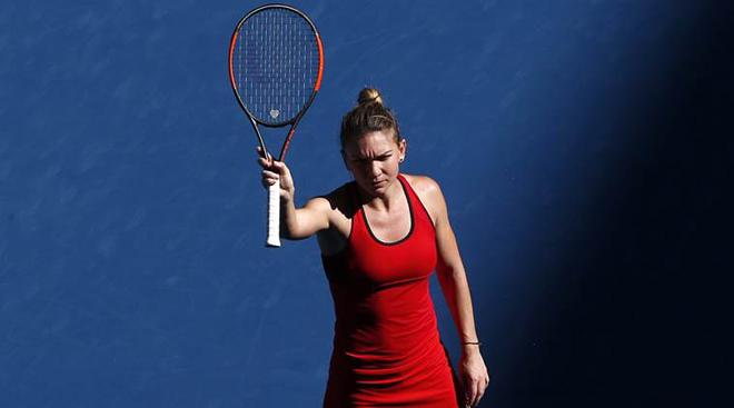 Đau lòng Australian Open: Mỹ nhân số 1 phải mua áo Trung Quốc, gặp ngay hạn - 8