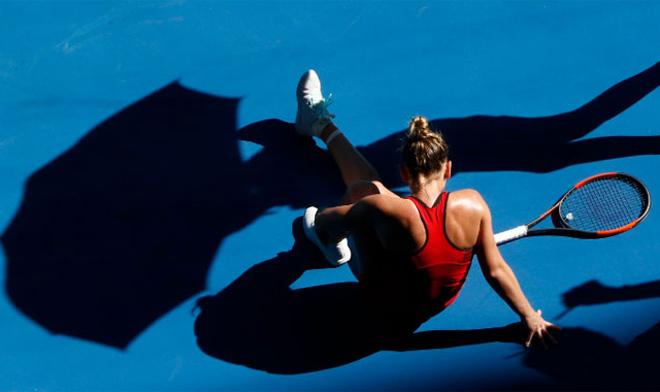 Đau lòng Australian Open: Mỹ nhân số 1 phải mua áo Trung Quốc, gặp ngay hạn - 4