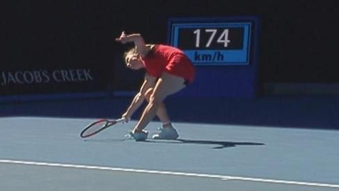 Đau lòng Australian Open: Mỹ nhân số 1 phải mua áo Trung Quốc, gặp ngay hạn - 3