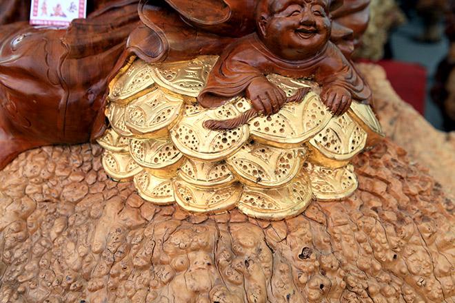 """Sở hữu gỗ lũa quý hình """"rùa hóa rồng"""", chủ nhân ra giá 600 triệu - 6"""