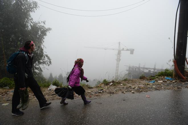 """Xứ sở sương mù đẹp nhất Việt Nam bị """"băm nát"""", du khách chán nản - 14"""