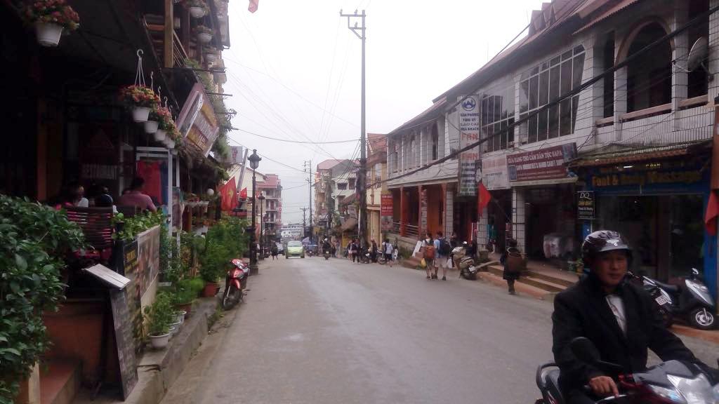 """Xứ sở sương mù đẹp nhất Việt Nam bị """"băm nát"""", du khách chán nản - 20"""