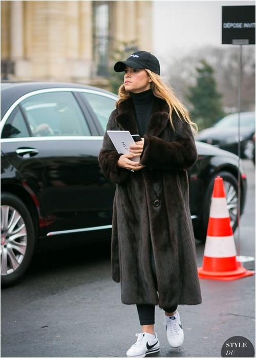 Chỉ cao 1m55, cô nàng nước Nga vẫn nổi đình đám vì mặc đẹp - 14