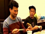 Đời sống Showbiz - Clip hé lộ mối quan hệ thực Hoài Linh - Xuân Bắc gây bão mạng