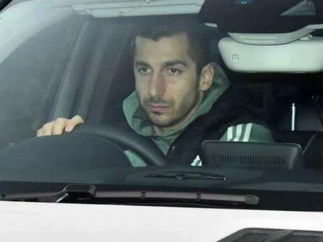 """Pep """"nhả"""" Sanchez cho MU - Mourinho: """"Khoai tây nóng"""" như Ibra, Eto""""o 5"""