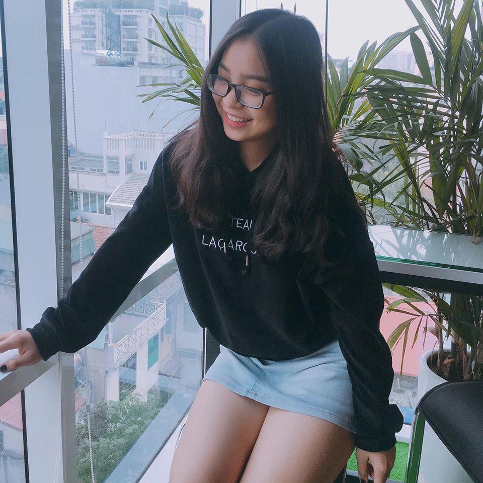 Dàn bạn gái xinh như mộng, sành điệu của cầu thủ U23 Việt Nam - 3