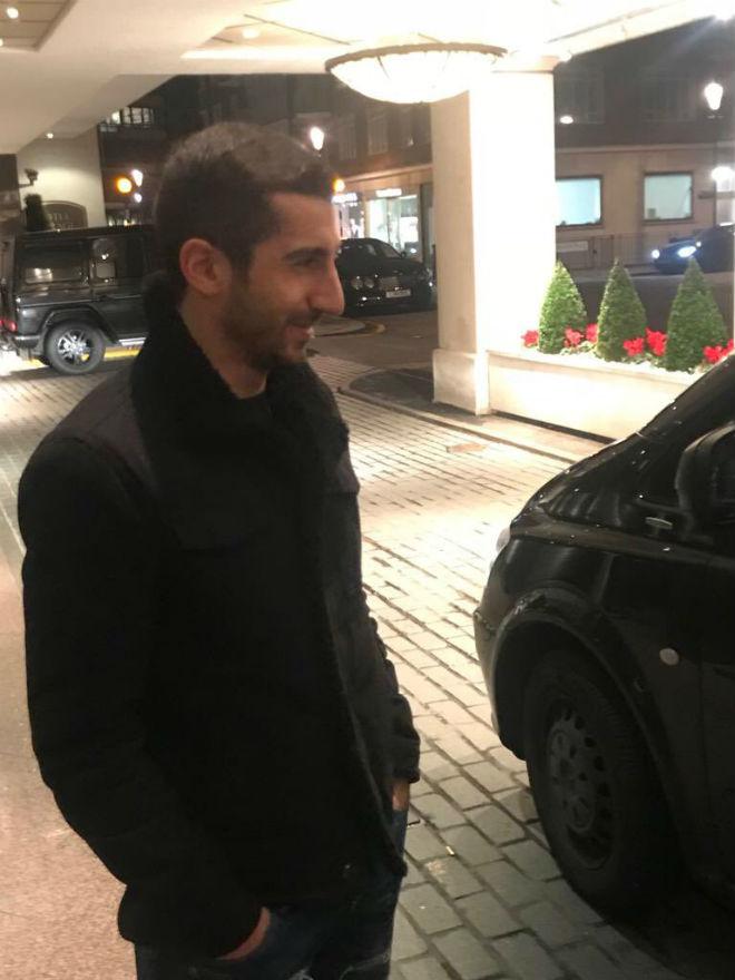 MU mua Sanchez: Mkhitaryan kiểm tra y tế, Wenger trả lương khủng
