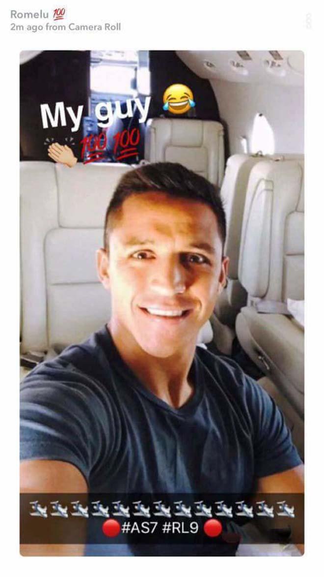 Sanchez đến MU: Đã có mặt ở Carrington, HLV Sir Alex Ferguson ra đón 7