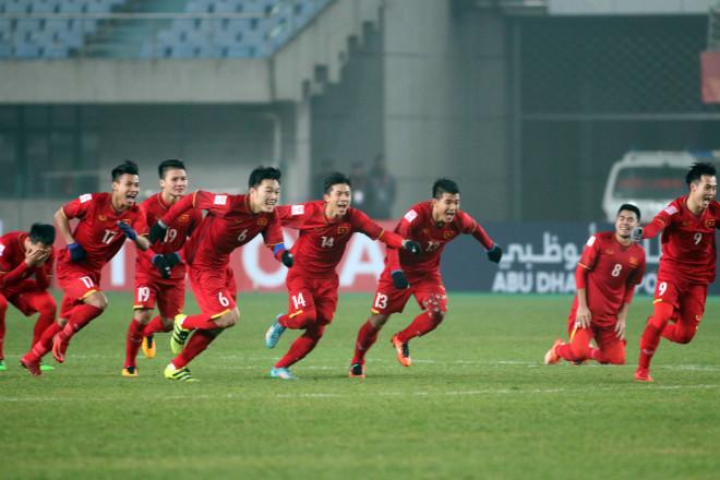 """U23 Việt Nam mơ vàng châu Á: Đụng """"hàng khủng"""" Qatar, HLV đào tạo Messi, Iniesta - 1"""