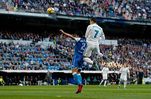 TRỰC TIẾP Real Madrid - Deportivo: Bale lập tuyệt phẩm 22