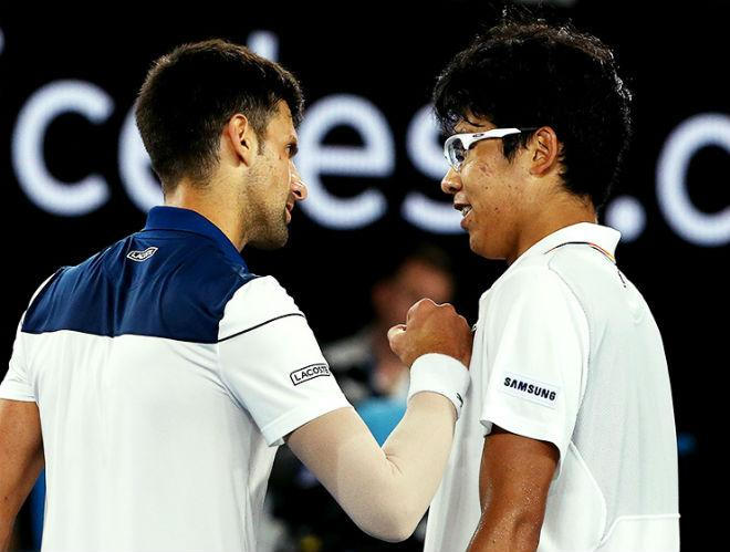 """Cú sốc Australian Open: Hyeon Chung hạ Djokovic, báo Hàn """"nổ"""" giòn giã 1"""