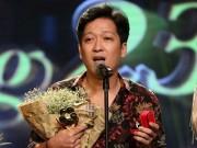Phim - Trường Giang xin lỗi sau màn cầu hôn chiếm sóng tại lễ trao giải