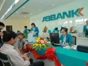 Tài chính - Bất động sản - Vì sao hàng loạt ngân hàng báo lãi đột biến?