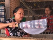 Thị trường - Tiêu dùng - Bí quyết của làng nghề bánh tráng trăm năm phục vụ Tết