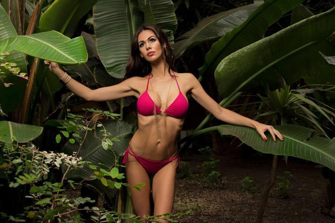 Người đẹp tiết lộ đời sống tình dục của giới cầu thủ nóng bỏng cỡ nào?