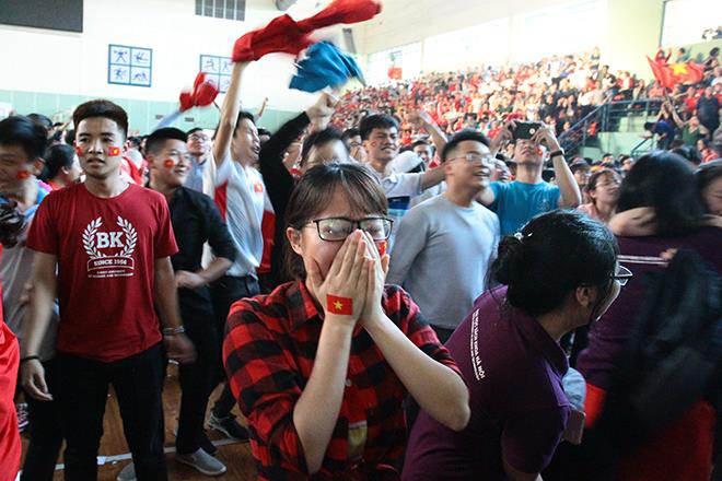 U23 Việt Nam đánh bại U23 Qatar, người hâm mộ vỡ òa sung sướng - 15