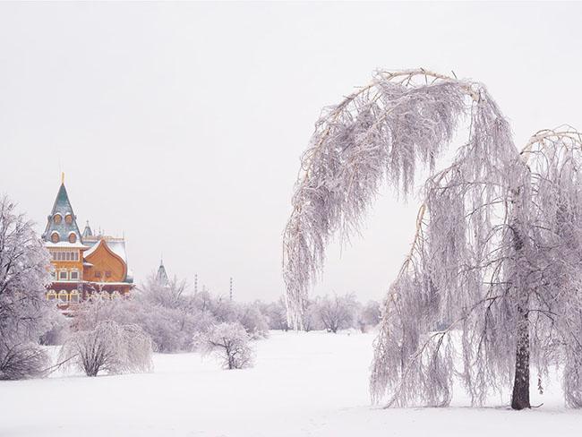 Những lâu đài phủ đầy tuyết lãng mạn nhất thế giới - 2