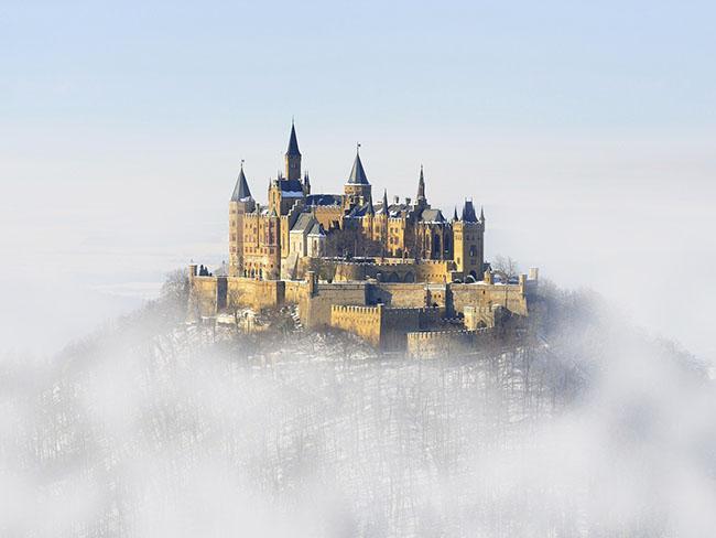 Những lâu đài phủ đầy tuyết lãng mạn nhất thế giới - 4