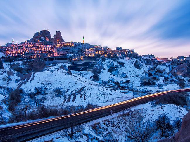 Những lâu đài phủ đầy tuyết lãng mạn nhất thế giới - 8