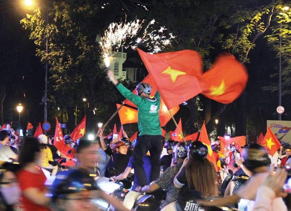 U23 Việt Nam lập kì tích, hàng triệu con tim không ngủ - 23