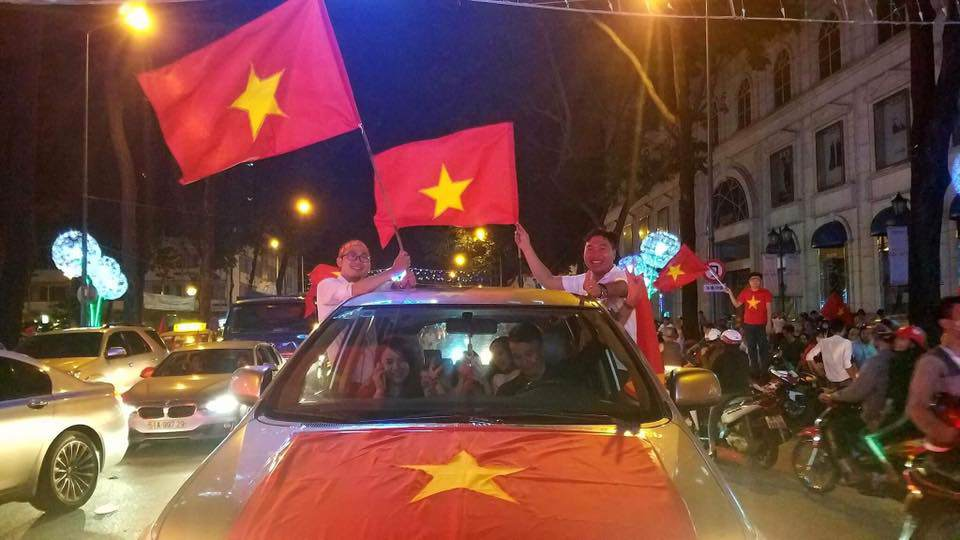 U23 Việt Nam lập kì tích, hàng triệu con tim không ngủ - 22