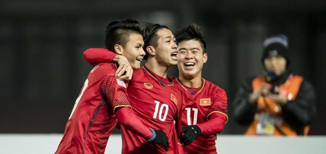 Bạn đã chuẩn bị gì để cổ vũ đội tuyển U23 Việt Nam? 1