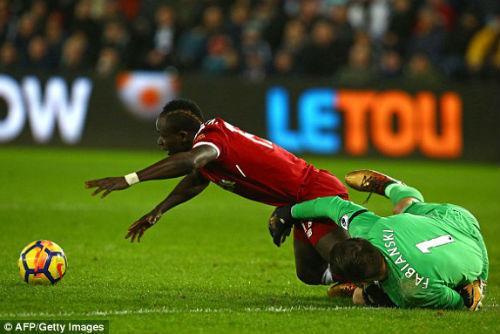 Chi tiết Swansea – Liverpool: Cột dọc oan nghiệt tước bàn thắng (KT) 4