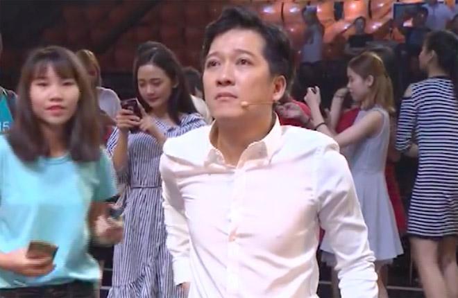 Lần đầu xuất hiện sau cầu hôn, Trường Giang oà khóc vì U23 Việt Nam