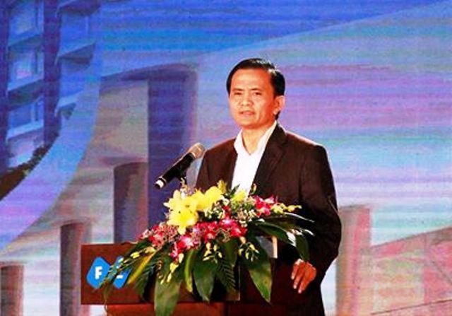 Bãi nhiệm tư cách đại biểu HĐND đối với ông Ngô Văn Tuấn