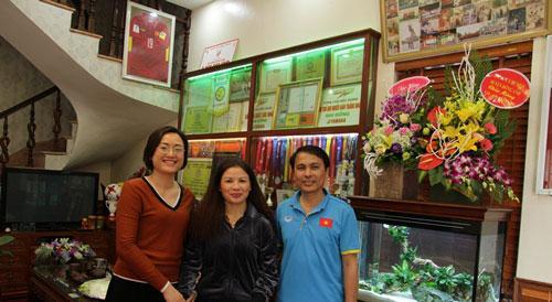 Cận cảnh bộ sưu tập danh hiệu đồ sộ của người hùng Quang Hải