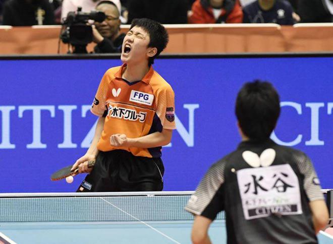 """Xuất hiện kỳ tài 14 tuổi """"siêu khủng"""": Bóng bàn Trung Quốc sắp """"hết thời"""" 1"""