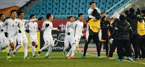 Địa ốc Long Phát vui cùng chiến thắng lịch sử của U23 Việt Nam - 3