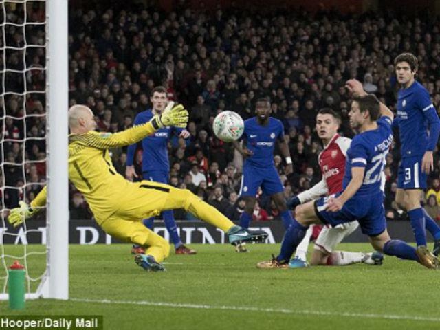 """Arsenal - Chelsea: Vé chung kết bị """"tội đồ"""" xé nát 1"""