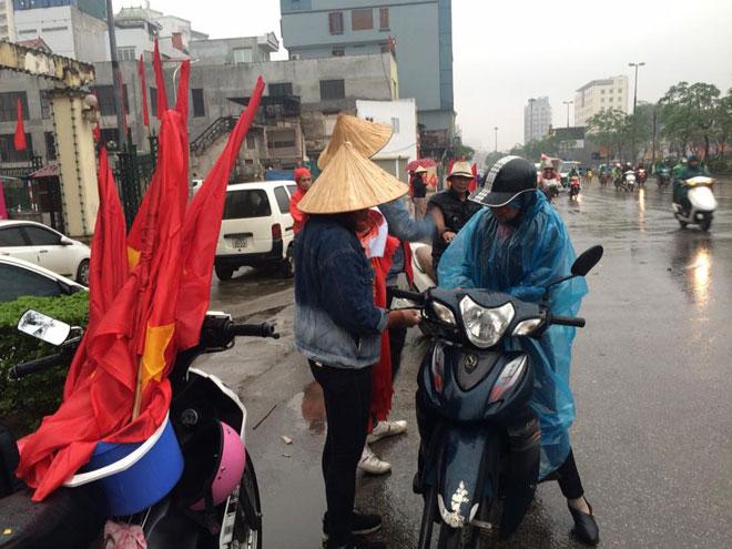 Tuyết trắng trời Thường Châu, Việt Nam rực lửa cổ vũ U23 đá chung kết - 16