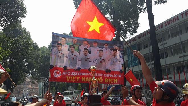 Tuyết trắng trời Thường Châu, Việt Nam rực lửa cổ vũ U23 đá chung kết - 21