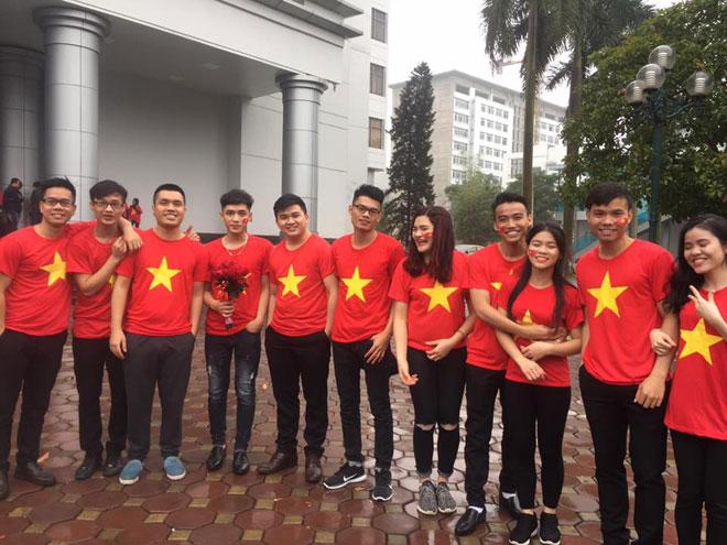 Tuyết trắng trời Thường Châu, Việt Nam rực lửa cổ vũ U23 đá chung kết - 13