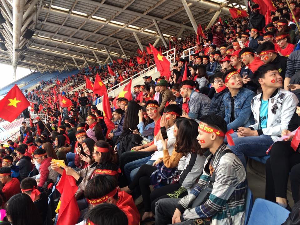 Tuyết trắng trời Thường Châu, Việt Nam rực lửa cổ vũ U23 đá chung kết - 4