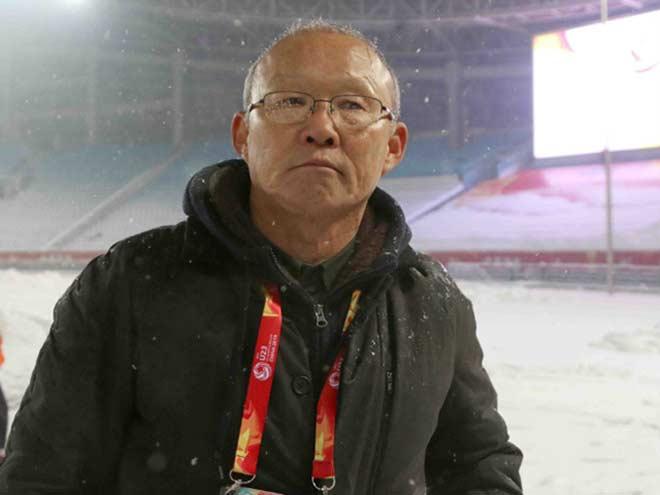U23 VN thua tiếc nuối: HLV Park Hang Seo xin người hâm mộ tha lỗi - 1