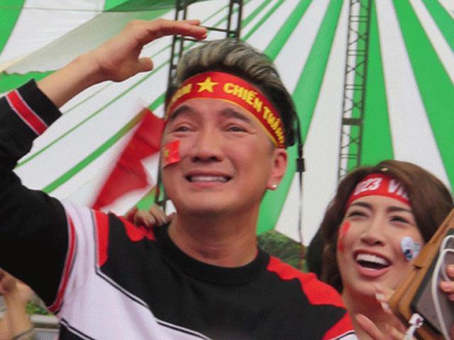 """Anh em """"hoàng tử xiếc Việt"""" khiến giám khảo quốc tế ngỡ ngàng - 2"""