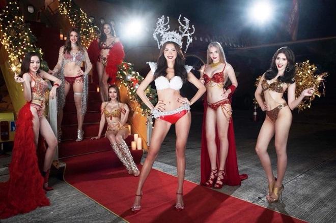 NTK sốc khi bộ sưu tập bikini được dùng trên chuyến bay đón U23 Việt Nam - 3