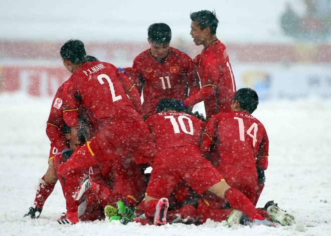 Trực tiếp U23 Việt Nam về nước ngày 28/1: Vinh danh những người hùng - 1
