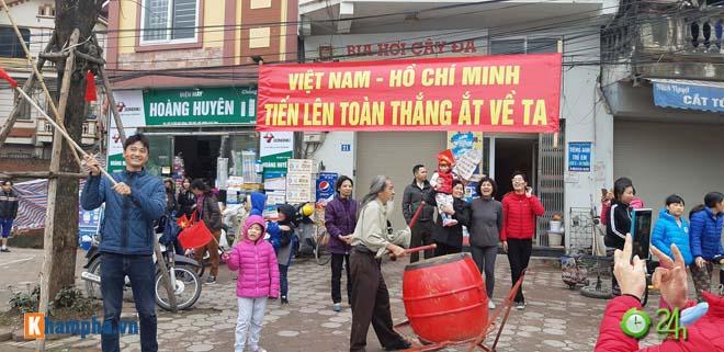 Trực tiếp U23 Việt Nam về nước 28/1: Chuyên cơ đã hạ cánh, CĐV sung sướng chờ đón - 6